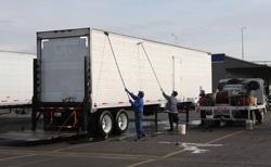 Truck Fleet Washing