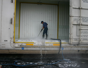Railroad cleaning services